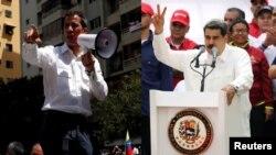 El presidente encargado, Juan Guaidó, y el presidente en disputa, Nicolás Maduro, durante sus discursos llevados a cabo el sábado 9 de marzo de 2019, en Caracas, Venezuela.