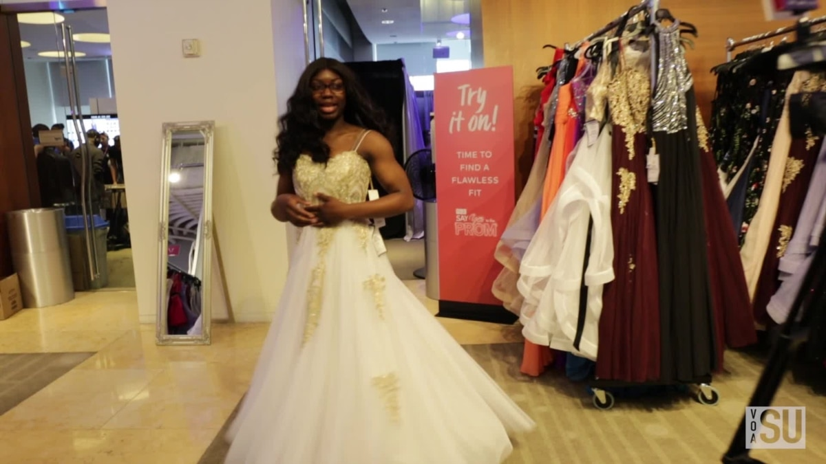 af9e817efc62 US Teens Say 'Yes' to the (Prom) Dress