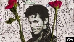 Las autoridades revisan detenidamente lo acontecido una semana antes de la muerte de Prince, cuando su avión hizo un aterrizaje no planeado por una emergencia médica.