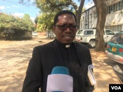 Reverend Kenneth Mtata, the secretary general of Zimbabwe Council of Churches, said his organization notes that Christians make up more than 80 percent of the country's population. Mtata is shown in June 2017. (S. Mhofu/VOA)