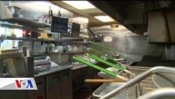 Restoranlar Göçmenler İçin Greve Gitti