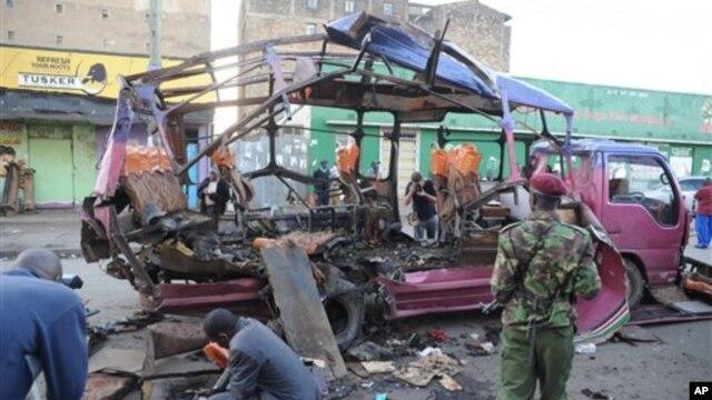 Ledakan bom dalam sebuah bus di Nairobi, Kenya, menewaskan sedikitnya tujuh orang dan melukai 29 lainnya (AP Photo).