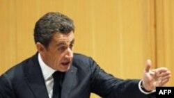 Fransa Cumhurbaşkanı: 'Halkın İradesine Saygı Gösterin'