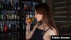 له بیرو نه نیولي تر واین، شامپاین او درندو مشروباتو پورې د الکولو ټول ډولونه کیدای شي د سرطاني ناروغیو سبب شي
