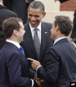 Les présidents Medvedev, Obama et Sarkozy
