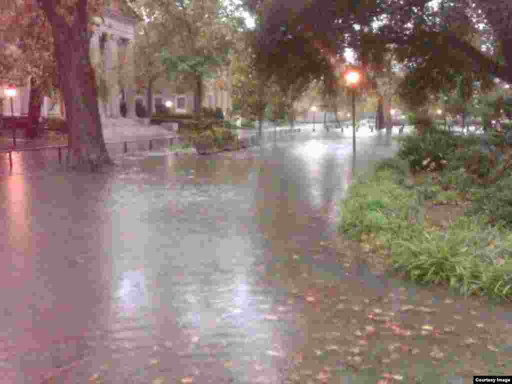 Rising sea level, high tides combine with severe weather to flood Norfolk streets, effectively isolating neighborhoods in this city of 250,000. (Credit: City of Norfolk)