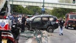 مقام های دولتی می گويند برخورد اين کاميون به يک اتوبوس و چند اتوموبيل شخصی ممکن است حاصل حمله ای از پيش طراحی شده باشد