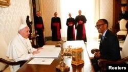 Papa Francisco e Presidente Paul Kagame falaram por 20 minutos