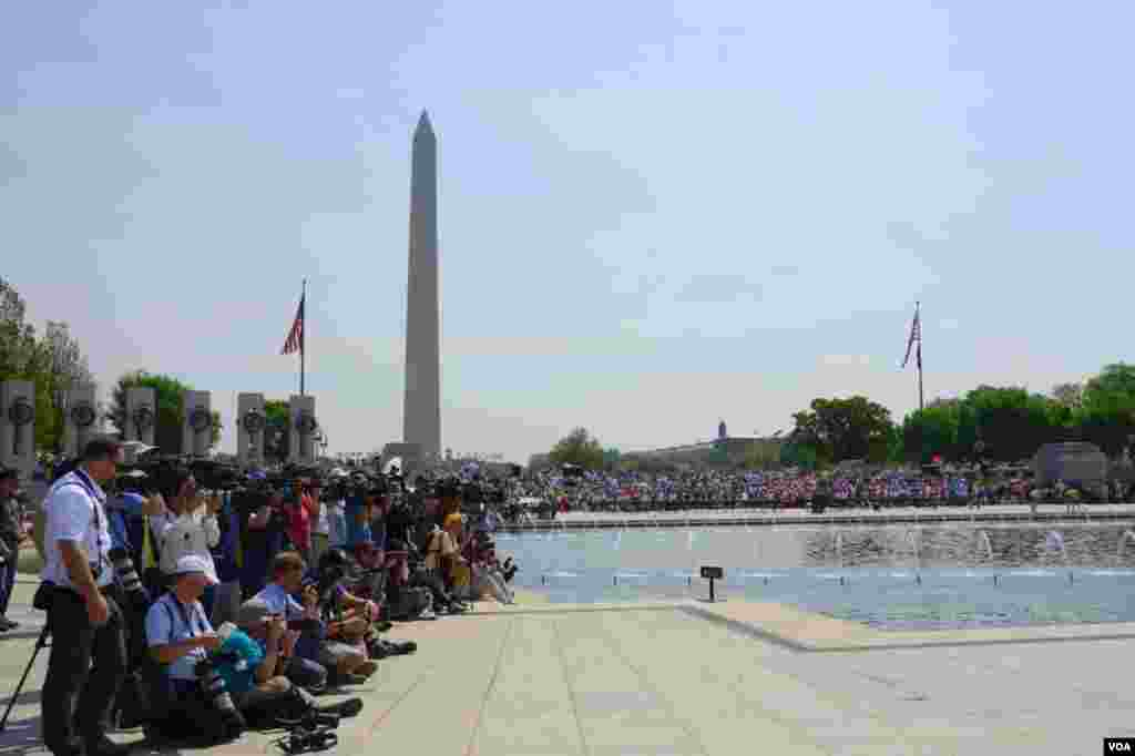 Торжества у Национального мемориала воинам Второй мировой войны