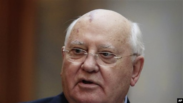 1990 Nobel Peace Prize and former Soviet leader Mikhail Gorbachev, Oct 7 2010 (file photo)