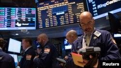 미국 연방정부가 폐쇄 위기를 맞은 가운데, 30일 미국을 비롯한 세계 주요 주식시장들이 일제히 하락세를 보였다.