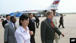 올리 하이노넨 전 IAEA 사무차장이 지난 2007년 6월 UN 핵 사찰단을 이끌고 북한을 방문했다.