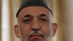 آقای کرزی روز دوشنبه در کابل به خبرنگاران گفت ایران وجوهی تا ۹۷۵ هزار دلار را دو بار در سال برای مخارج دولت افغانستان به دفتر ریاست جمهوری این کشور می دهد