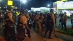 Más arrestos en Ferguson