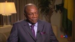 """Alpha Condé à VOA Afrique : """"Impossible de tenir les élections locales avant 2016"""""""