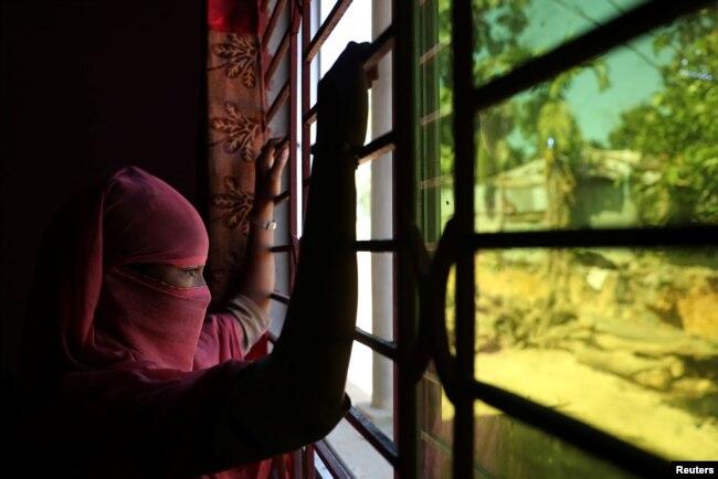 Image result for etnis rohingya di kerja paksa di bangladesh