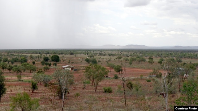 New research links gradual greening of arid areas like Australia's outback to increasing concentrations of atmospheric carbon dioxide. (Photo by Bruce Doran)