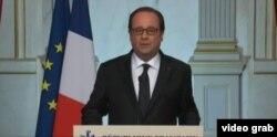 Tổng thống Pháp Francois Hollande nói vụ tấn công mang tất cả các yếu tố của một vụ tấn công khủng bố.