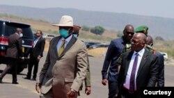 Uganda - Tanzania Pipeline : Museveni and Magufuli