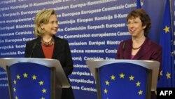 Državna sekretarka i visoka predstavnica EU na konferenciji za novinare u Briselu