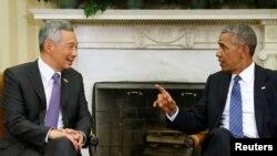 바락 오바마 미국 대통령(오른쪽)이 2일 워싱턴을 방문한 리셴룽 싱가포르 총리와 백악관에서 정상회담을 가졌다.