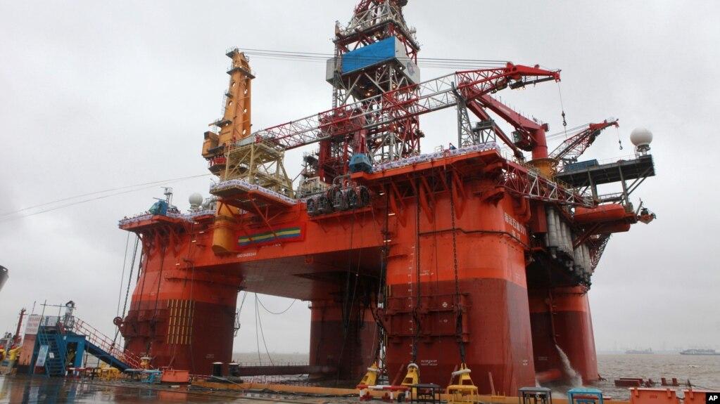 Giàn khoan dầu 981 của Trung Quốc.