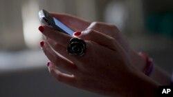 Sekitar 67 persen warga Amerika sekarang menerima sebagian berita dari media sosial (foto: ilustrasi).