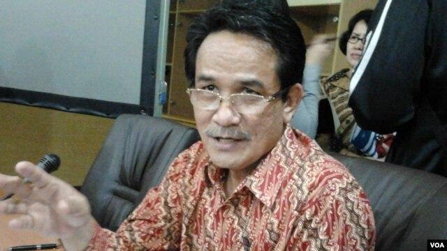 Kepala Badan Pusat Statistik (BPS) Suryamin. (VOA/Iris Gera)