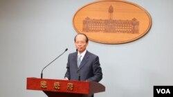 台湾外交部次长侯清山星期五在总统府记者会上说,马英九总统将于3月出访中美洲两国,并过境美国休斯顿和洛杉矶。 (美国之音萧洵摄影)
