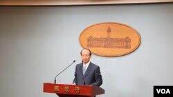 侯清山說,馬英九總統將3月出訪中美洲兩國,過境美國休斯頓和洛杉磯 (美國之音 蕭洵)