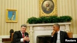 美國總統奧巴馬星期四在白宮會晤來訪的烏克蘭領導人波羅申科