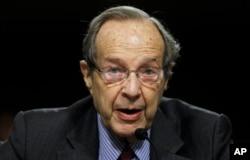 克林顿政府时期的国防部长威廉·佩里(William Perry)在2010年8月