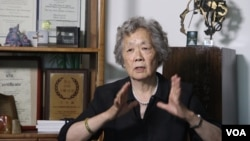 丁子霖女士接受美國之音衛視採訪
