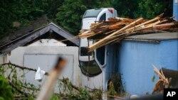 جرمنی میں سیلاب سے تباہی کا ایک منظر