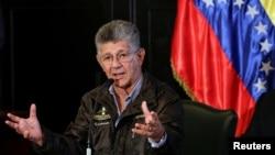 """""""Al gobierno le da miedo que los parlamentarios de la oposición vayan y quieran hablar"""", afirmó el presidente de la Asamblea Nacional venezolana Henry Ramos Allup."""