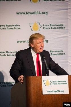 共和党总统参选人川普表态支持可再生能源的产业发展。(美国之音记者方正拍摄)
