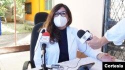 La doctora Anely Pérez Molina, secretaria de la Unidad Médica Nicaragüense. Foto cortesia de Unidad Médica.
