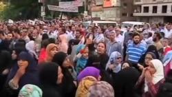 埃及人掩埋死者 冲突双方不退让