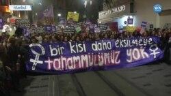 İstanbul'da Kadına Şiddete Karşı Yürüyüş