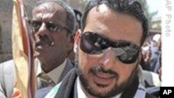 获释伊拉克扔鞋记者说在狱中受到虐待