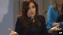 La presidenta Cristina Fernández impulsa una reforma judicial que resta poder de decisión a los jueces.