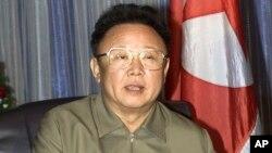 """""""Bir necha yil oldin Shimoliy Koreyada Kim Chen Ir vafot etganidan keyin izlanishni boshladim. O'shanda mamlakatda olamshumul o'zgarishlar bo'ladi degan umidlar bor edi""""."""