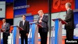 共和黨總統參選人在8月6日的第一次電視辯論 (資料照片)