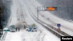 Policija na autoputu M1-M7 izvan Budimpešte