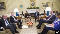 ملاقات اوباما با مقامات ارشد حقوقی و تنفیذ قانون ایالات متحده