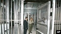 Salah satu Lapas di San Quentin, California (foto: dok). Banyak lembaga pemasyarakatan di Amerika tidak memiliki fasilitas memadai untuk para narapidana manula.