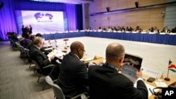 Các đại biểu đến từ Châu Phi tham dự một cuộc họp tại Trụ sở Ngân hàng Thế giới ở Washington, ngày 4/8/2014.