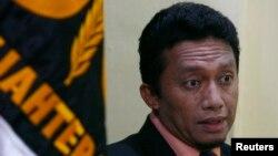 Eksekutif Partai Keadilan Sejahtera (PKS) dan Menteri Komunikasi dan Informatika Tifatul Sembiring. (Reuters/Crack Palinggi)