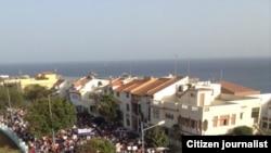 Cabo-verdianos manifestam-se contra aumento de salários e regalias dos políticos em Março