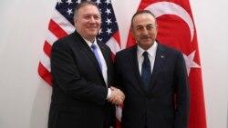 ABD Dışişleri Bakanı Mike Pompeo ve Türk Dışişleri Bakanı Mevlüt Çavuşoğlu